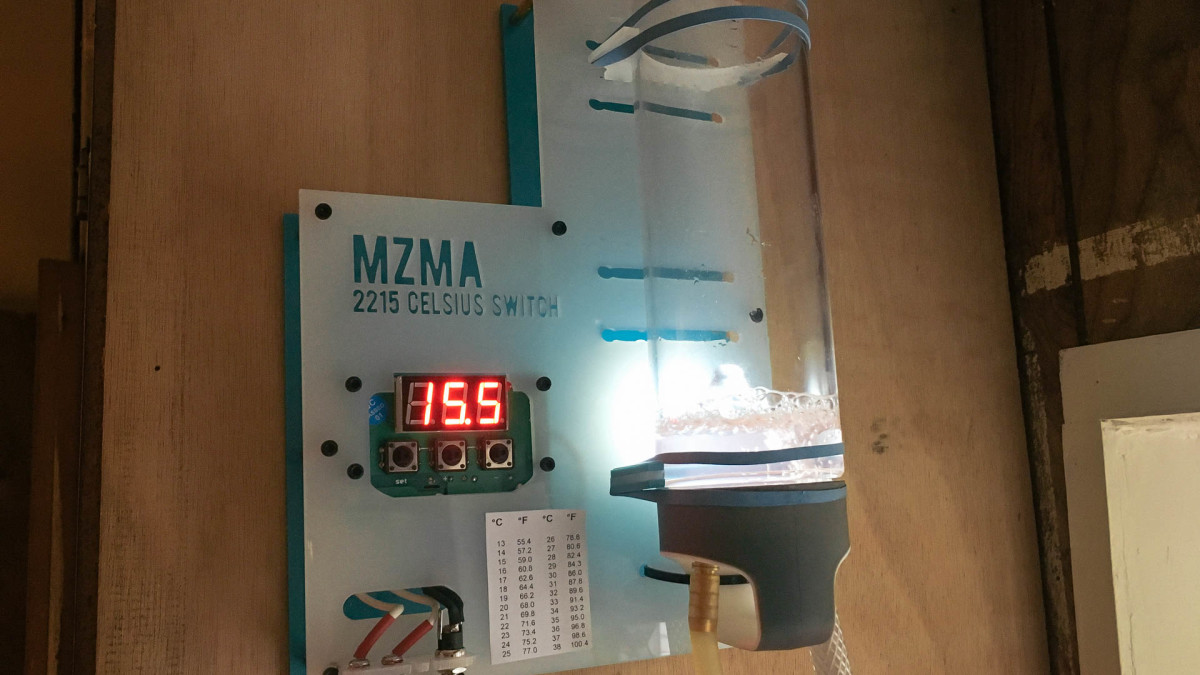 Device #2215: Coolant Visualizer & Switch for K40 Laser
